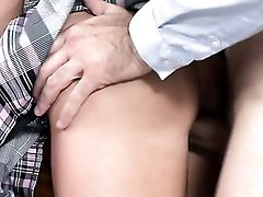 Teenage Pleases Her Sexual Needs And Desires With Guys Erect Man Meat In Her Beaver