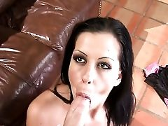 Larissa Dee Makes Lee Stone's Sturdy Worm Vanish In Her Mouth In Sexual Rapture