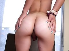 Slender Shemale Doll Sofia La Ardiente Masturbating In Solo Flick