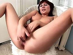 Teenage Gives A Closeup Of Her Fuck-hole As She Masturbates With Hump Equipment