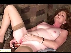 Older Redhead Slut Veronica Smith