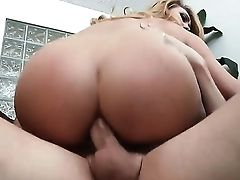 Aj Applegate Came At Gonzo Man Mark Wood To Bring Some Activity For Her Booty