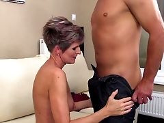 Hot Cougar And Her Junior Paramour 14