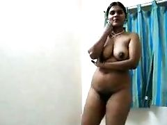 Indian First-timer Plumpy Housewife Exposed Her Fairly Big Boobies