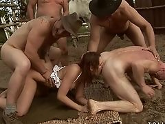 Nubile With Big Booty Gets Mouth Slammed By Mans Sturdy Schlong