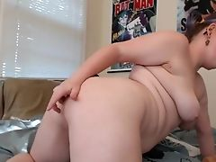 Chelle Silverstein Shows Off Her Tail Ass-plug And Nice Naked Figure.